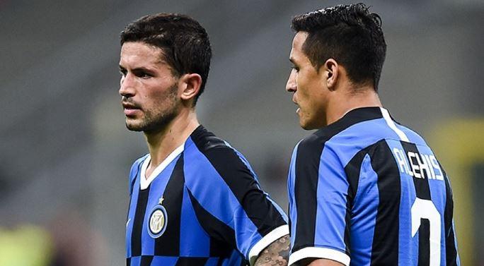 Inter, Simeone prenota Sanchez? Sensi potrebbe restare