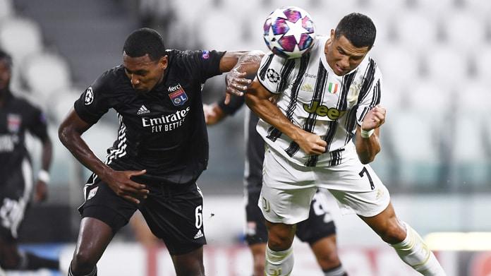 Juventus, altro flop in Europa: Sarri in bilico, in cinque via?